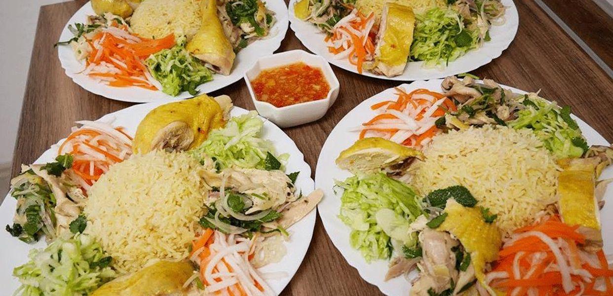 Các món ăn ở miền Trung được chế biến một cách cẩn thận, tỉ mỉ